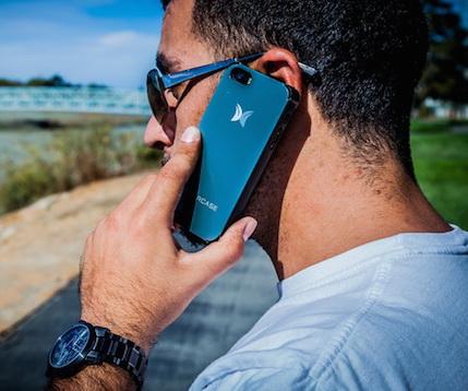 Embercase – чехол для iPhone, который согреет руки