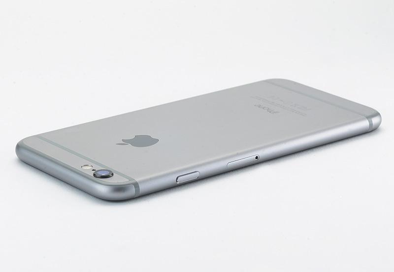 iPhone 6 Plus вид сзади