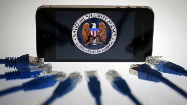Apple показала информацию о данных, которые передаются спецслужбам Америки