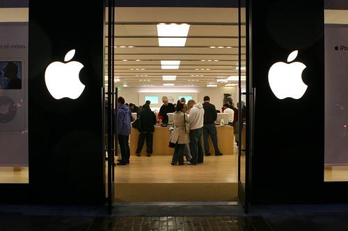 Стоимость подержанных iPhone по всей России увеличилась в два раза