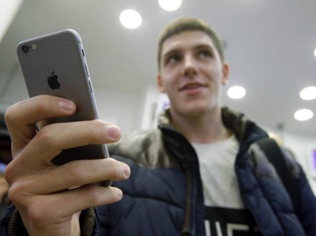 В День благодарения и Черную пятницу онлайн-продажи с iOS устройств были больше, чем с Android