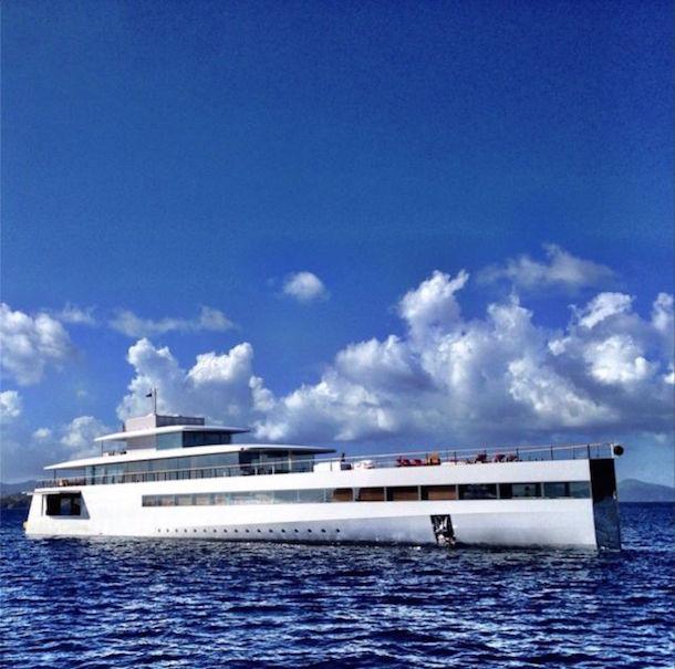 Яхта Джобса опять начала привлекать внимание