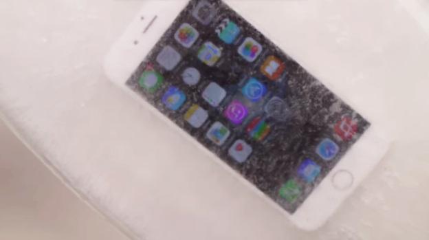 iPhone 6 испытали горячим льдом