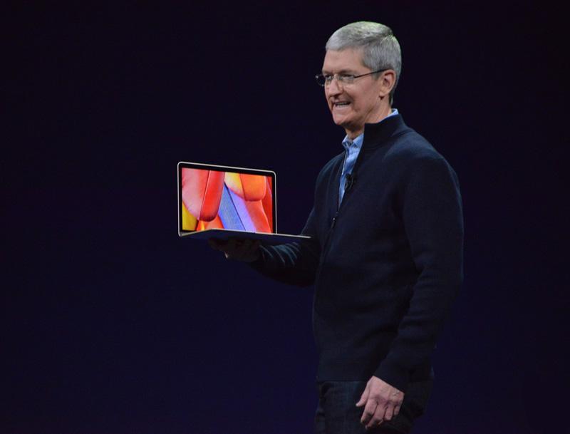 "Тим Кук и MacBook 12"" Retina"