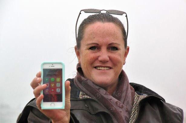 Sarr's iPhone
